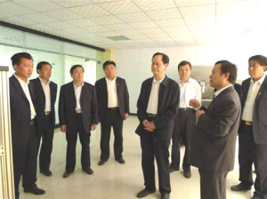 Member of Zibo Municipal Standing Committee and Secretary of discipline inspection commission Zhao Qiquan visited the company.